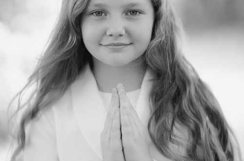 first communion 3 of 3 500x330 - Portrait Gallery