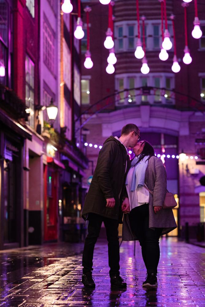 2020 12 03 Patrycja i Adrian 30 - How to plan Christmas Lights Couple Shoot   London