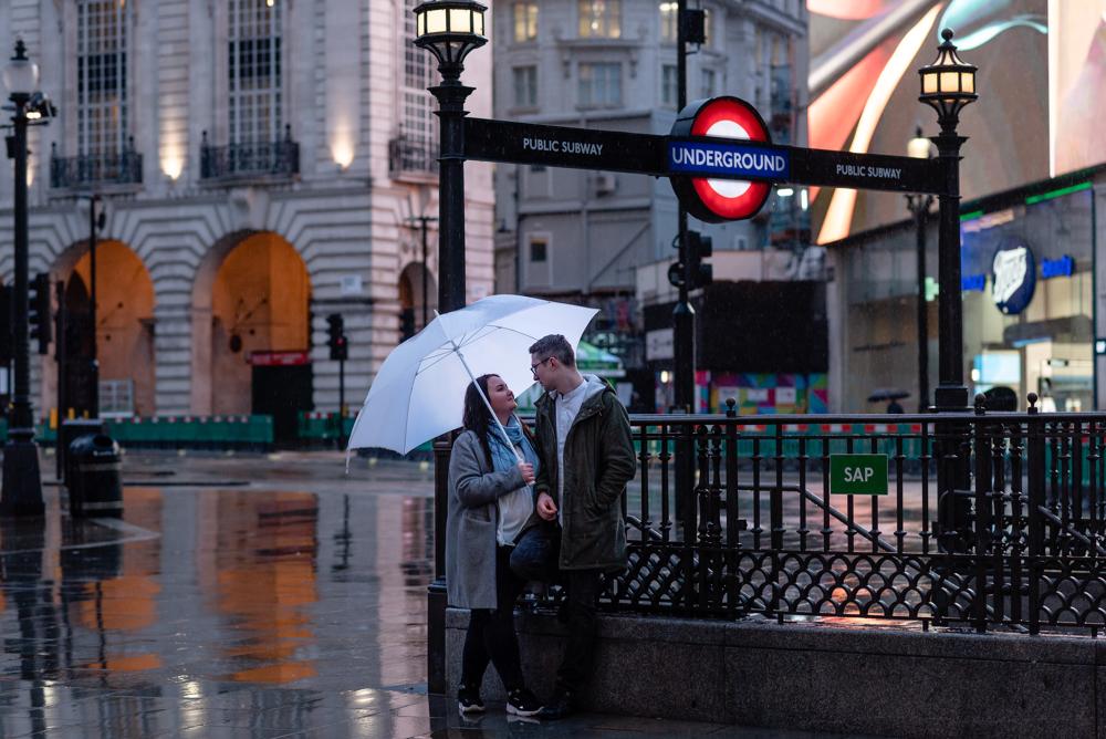 2020 12 03 Patrycja i Adrian 44 - How to plan Christmas Lights Couple Shoot   London