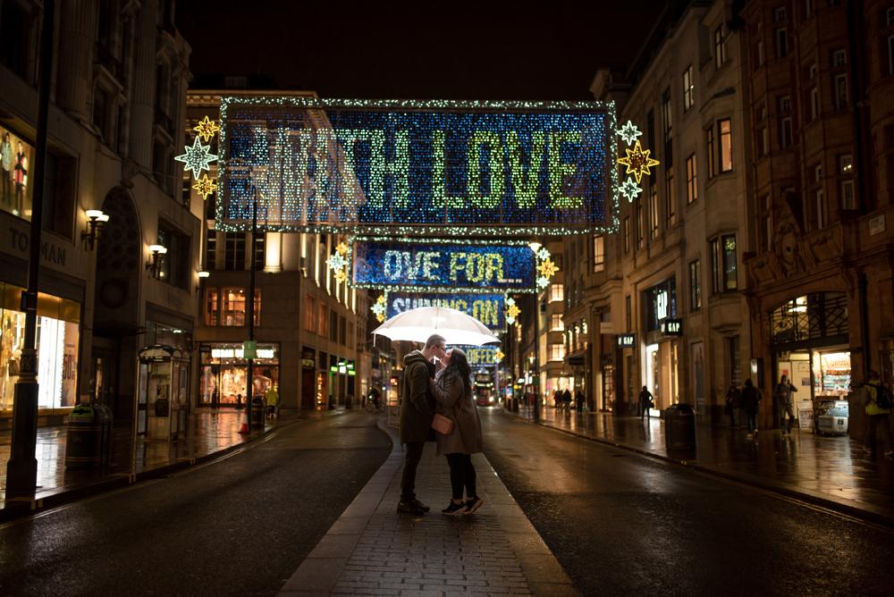 2020 12 03 Patrycja i Adrian 6 - How to plan Christmas Lights Couple Shoot   London