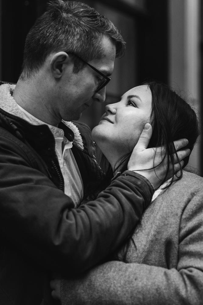2020 12 03 Patrycja i Adrian 72 - How to plan Christmas Lights Couple Shoot   London