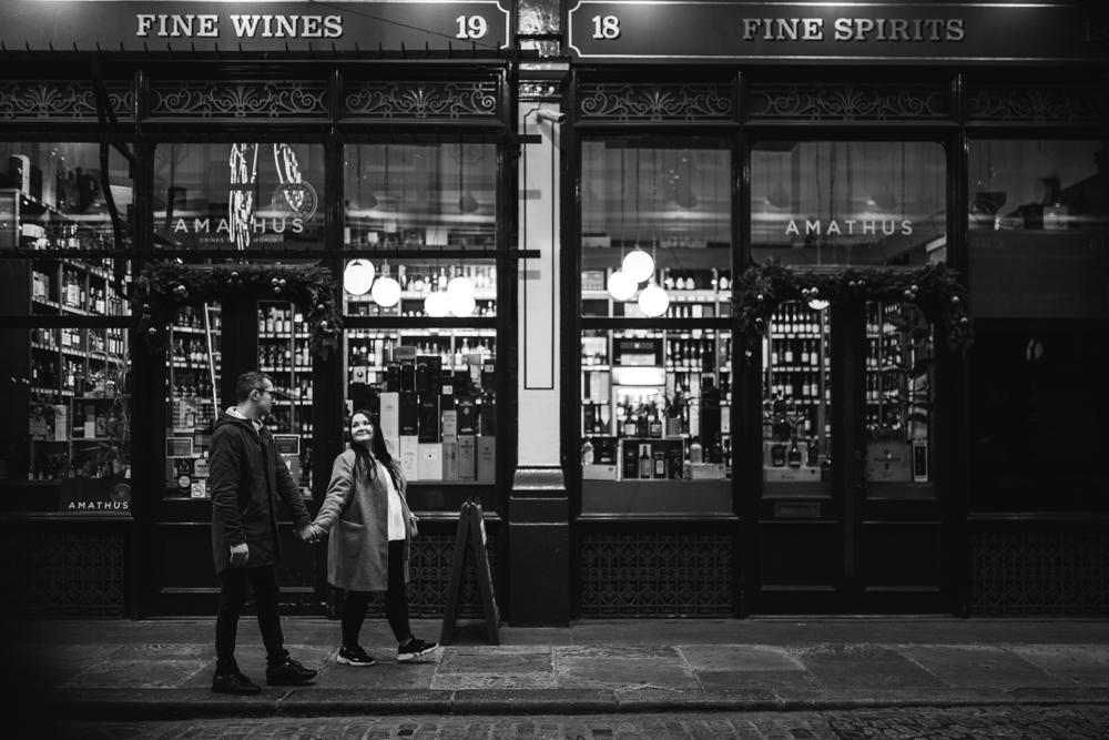 2020 12 03 Patrycja i Adrian 78 - How to plan Christmas Lights Couple Shoot   London
